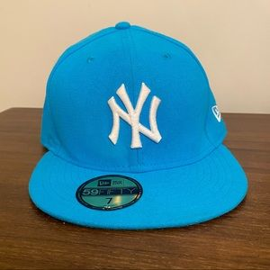 NEW YORK YANKEES BLUE BASIC 59FIFTY FITTED
